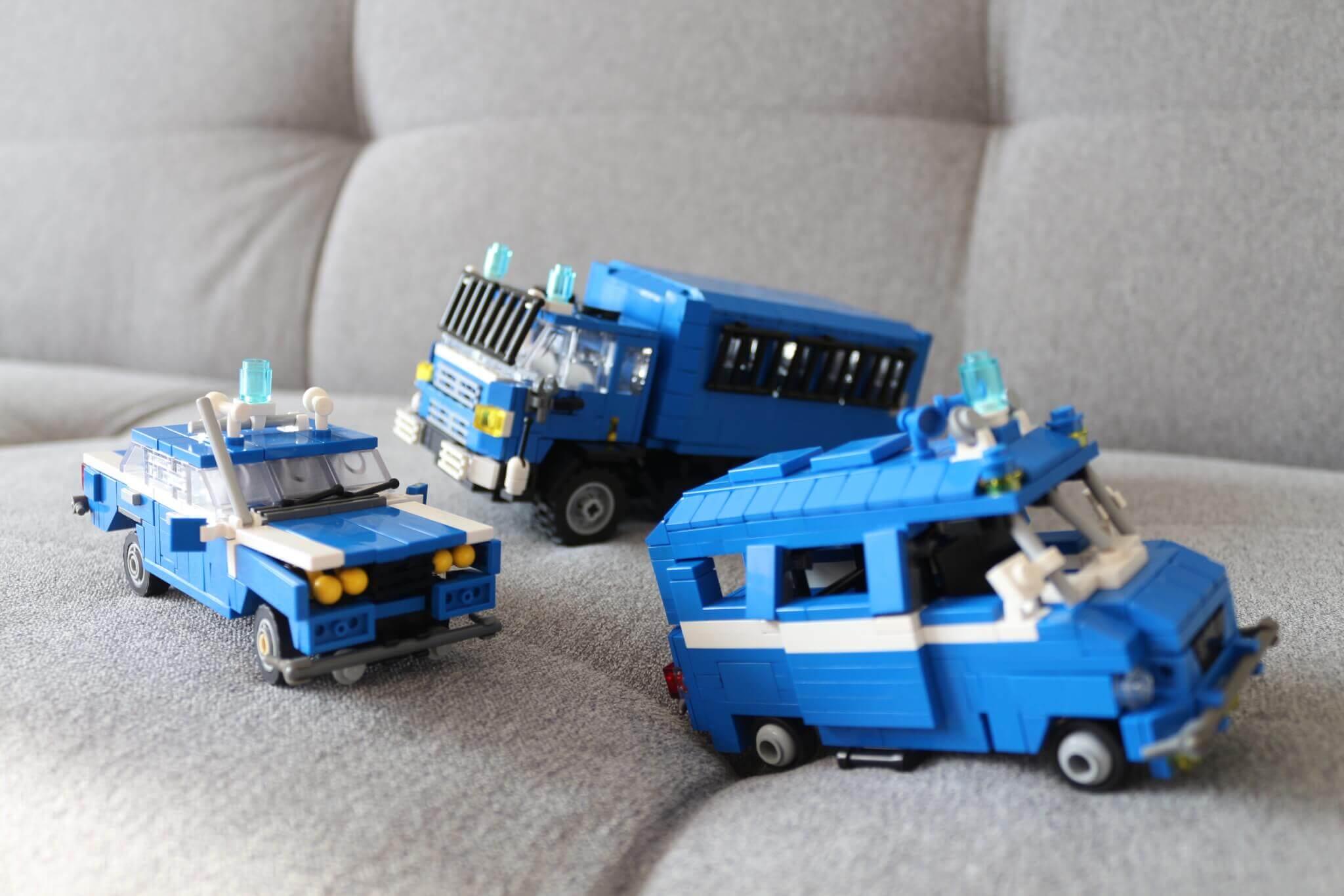 militia cars – Ideo Artystyczne Makiety z klocków LEGO® dla biznesu